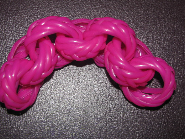 Plastic Wire Links or Chain - 7 Rings